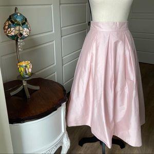 White House Black Market Pearl Pink Skirt